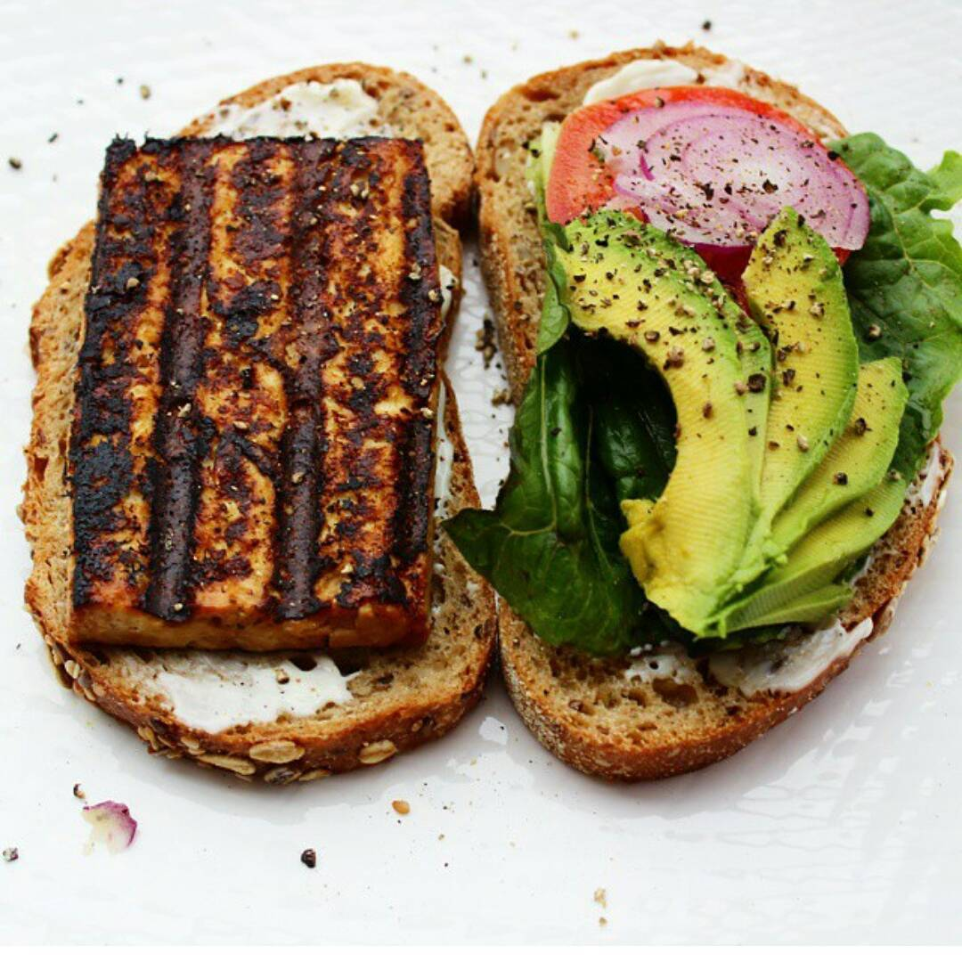 Hey friends!  I finally got around to posting this Blackened Sesame Tofu Sandwich recipe. It's my go-to 5 minute dinner and requires minimal prep. Hope you likes!
