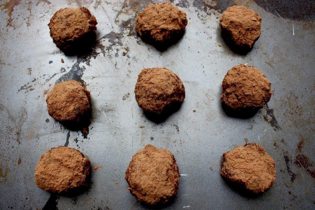 Cocoa Date Balls